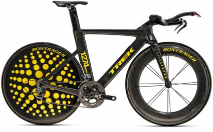 marc_newson_lance_armstrong_1-570x356