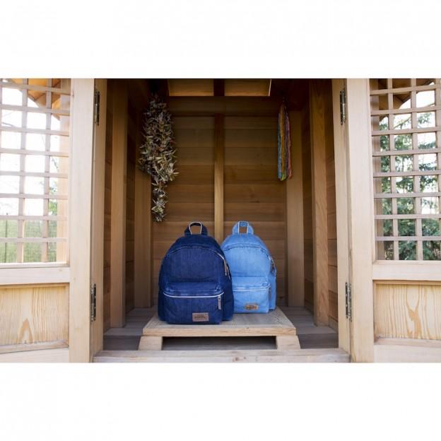 Eastpak présente une capsule inédite imaginée en denim japonais