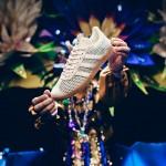 Happy Mardi Gras par Sneaker Politics et Adidas