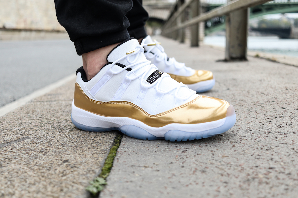 Jordan_AJ11 LOW closing ceremony_Blanc_Or_lacets_Pinroll_ronds_blancs_embouts_or_cedrixcastex_4