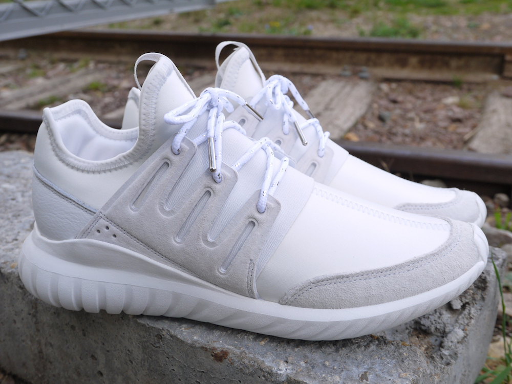 Pinroll_Adidas_Tubular_lacets_ronds_silver