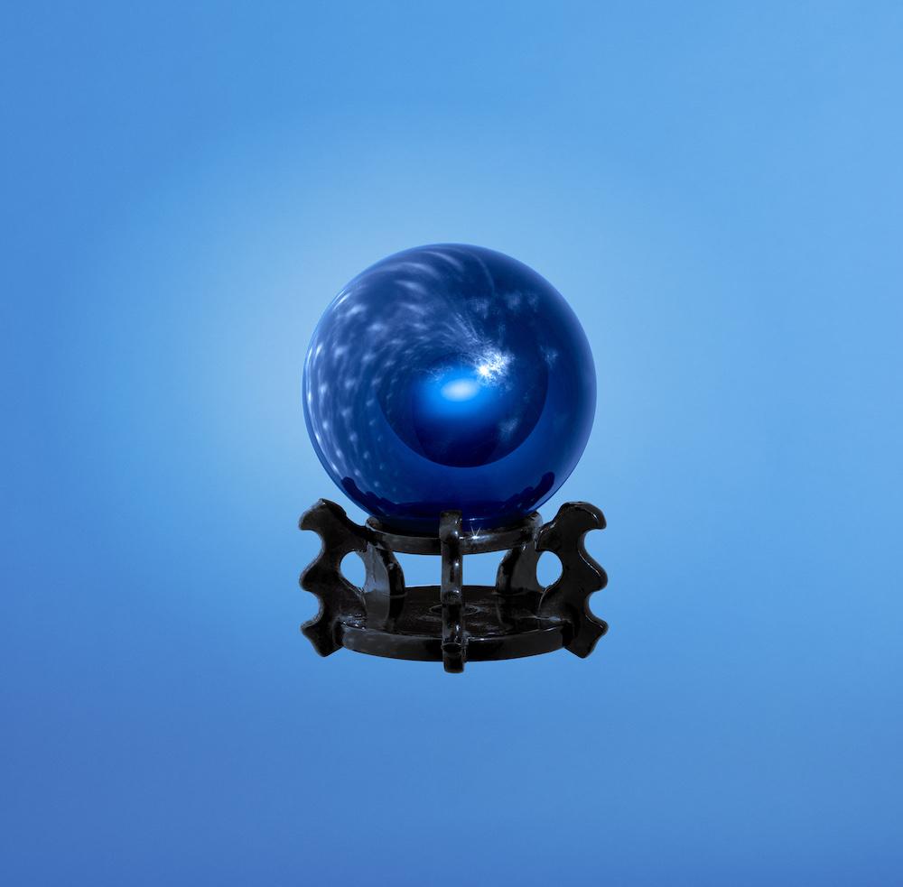 +H21014_Originals_Adicolor_SS18_KEY_January-Foundation_MALE_BLUE_Object