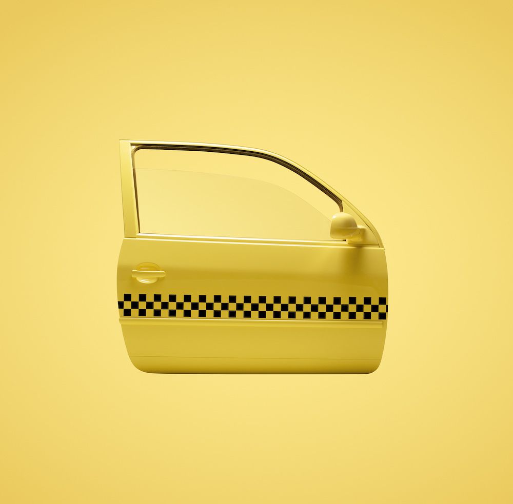 +H21014_Originals_Adicolor_SS18_KEY_January-Foundation_MALE_YELLOW_Object