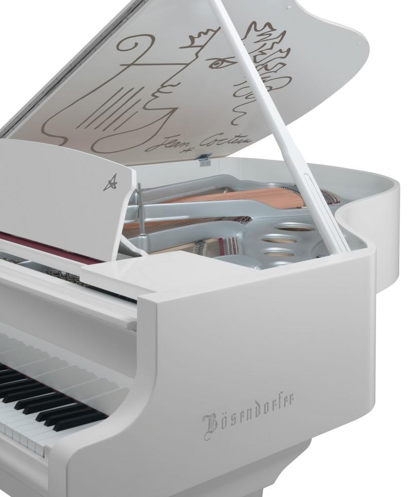grand-piano-cocteau-card-1644x2000